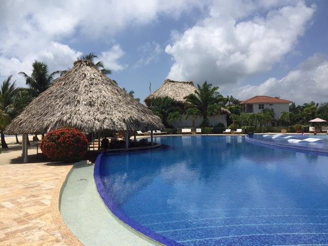 Placencia pool